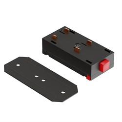 Прямой соединитель для трековой системы С39 220V 4x контактный Black